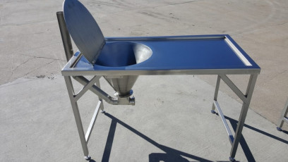 Inspection Table with Hopper