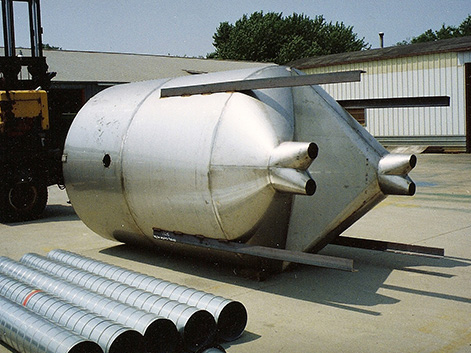 Industrial Tanks & Raw Material Storage